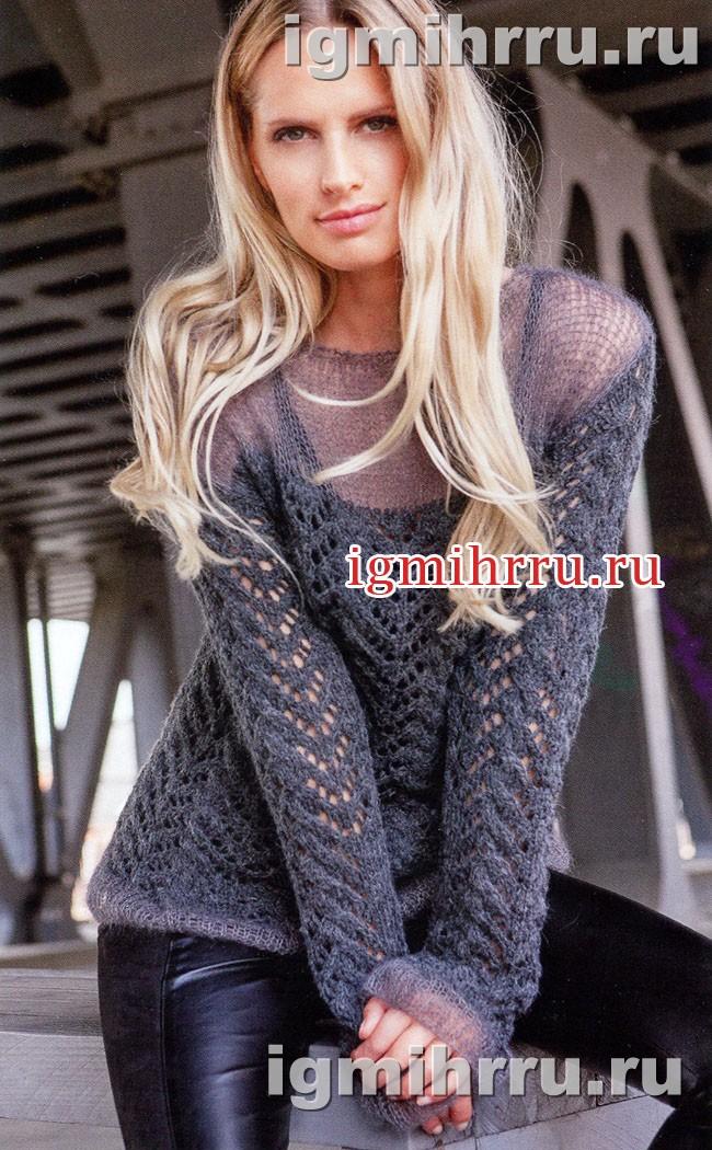 Женственный серый пуловер с ажурным узором. Вязание спицами