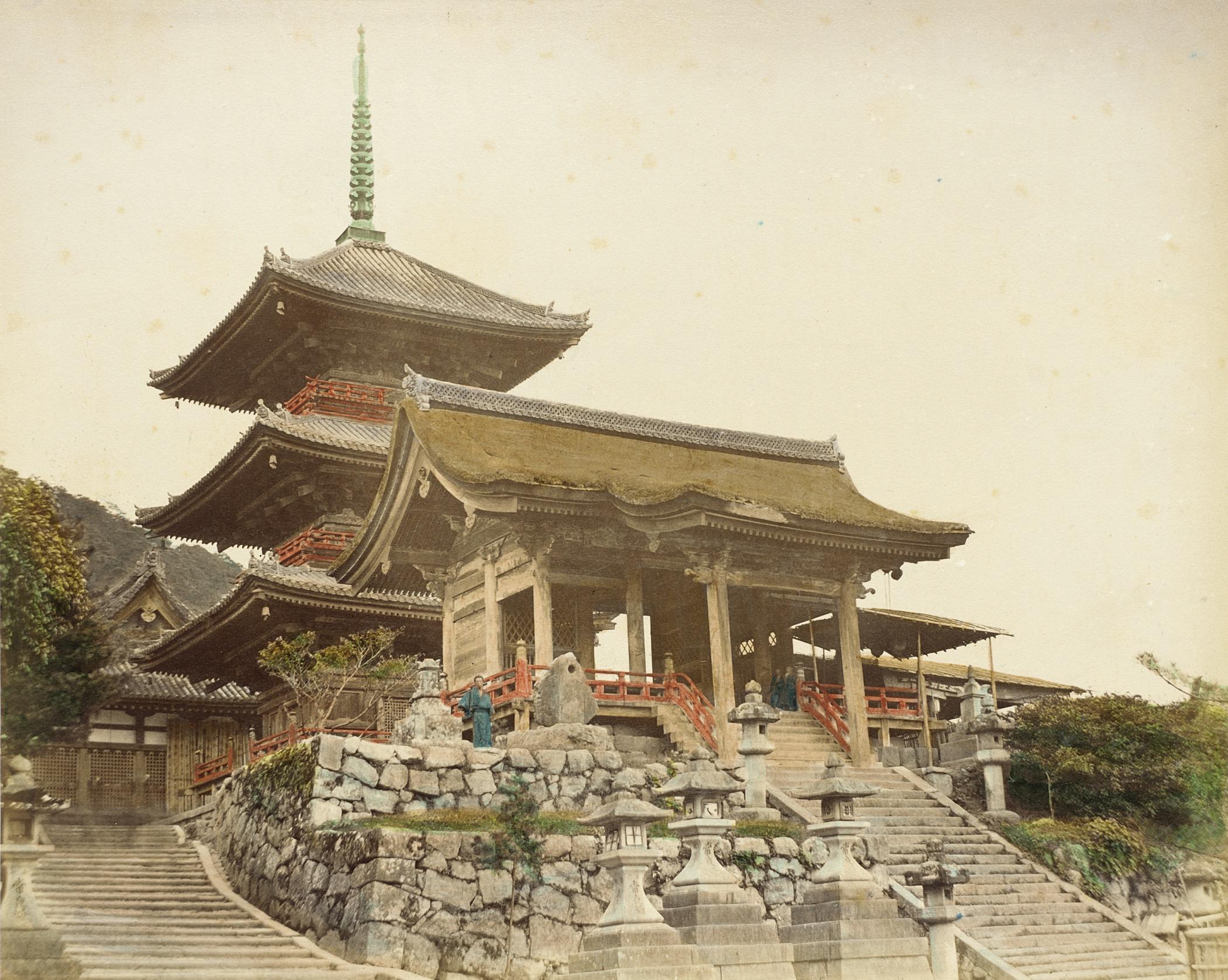 Киото. Ворота в храм Киёмидзу-дэра