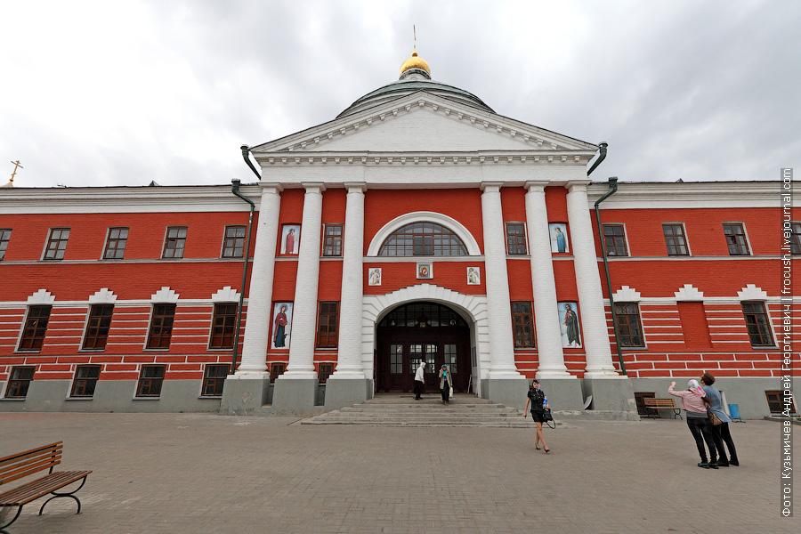 Церковь Воздвижения Честного Креста Господня в Казанском Богородицком монастыре