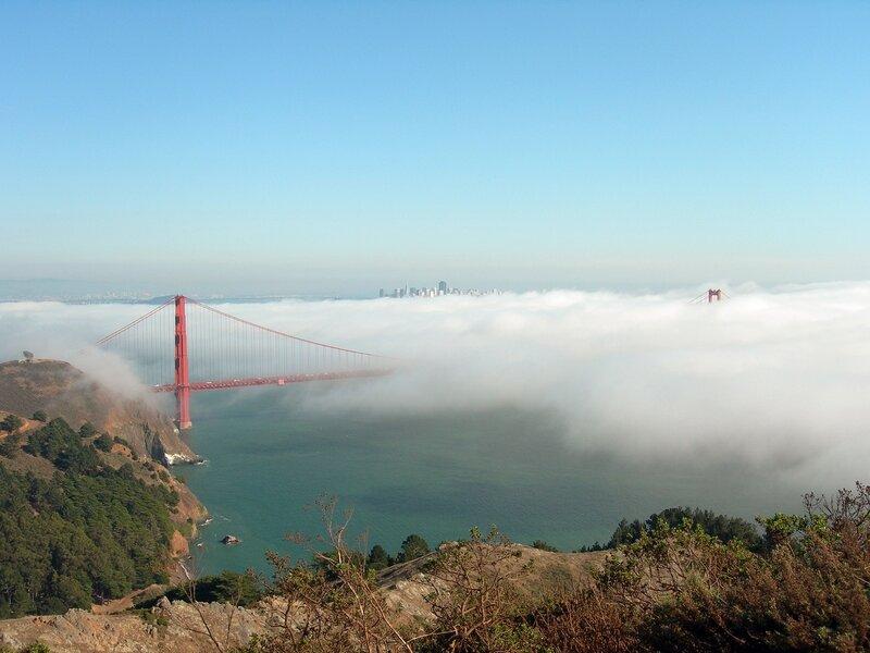 Сан-Франциско. На разных берегах пролива Золотые Ворота. моста, СанФранциско, длина, Марин, Золотые, Ворота, берегу, время, самых, прошло, 50летия, празднования, воскресенье, мостов, узнаваемых, прилива, составляет, тысяч, поверхностью, части
