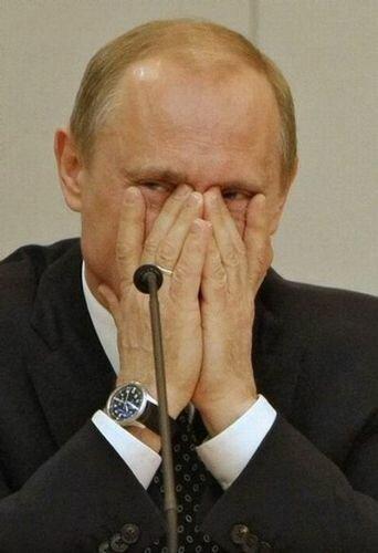 RUSSIA-POLITICS-PUTIN-MEDVEDEV