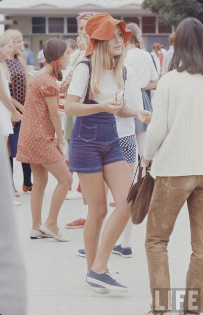 Прикольные фотки девушек в америке конца 60-х годов. live-imho.