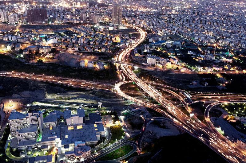 Вид на Тегеран с башни Милад.