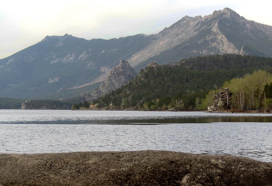 Боровое. Классический вид через озеро - 2012 год. Комментарии к фото - Кокшетау Онлайн