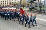 На параде войска МЧС (спасатели)