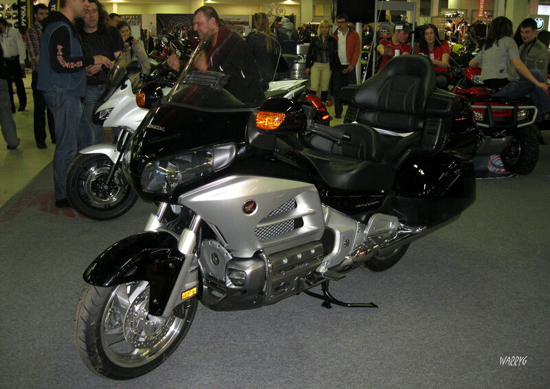 Мотосалон IMIS-2012 в «Гарден Сити». Мотоцикл Honda GL 1800 ABS Gold Wing.