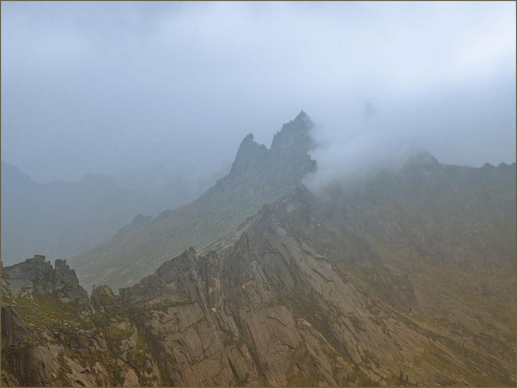 Дождь, туман и горы