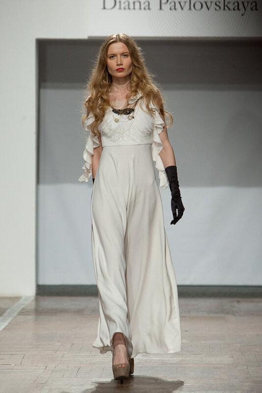 белое платье с кружевом в пол ,сайт тwww.fashion-piart.ru
