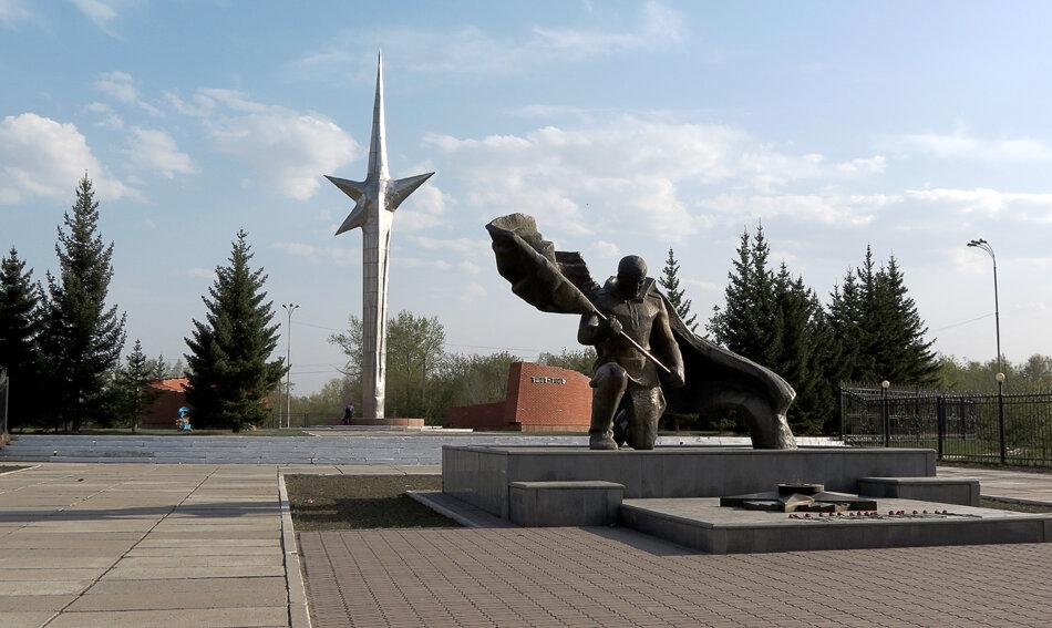 Вечный огонь, Памятник Победителям - 2012 год. Комментарии к фото - Кокшетау Онлайн