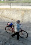 С велосипедом
