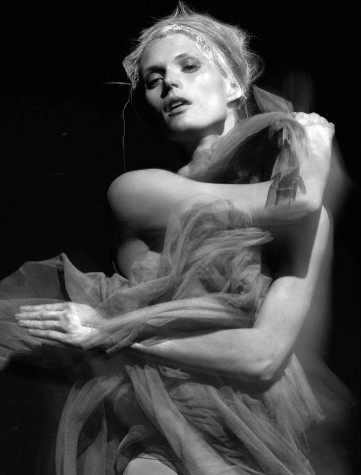 модель Малгоша Бела / Malgosia Bela, фотограф Greg Kadel
