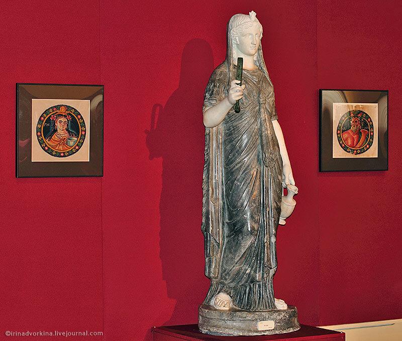 Статуя Исиды