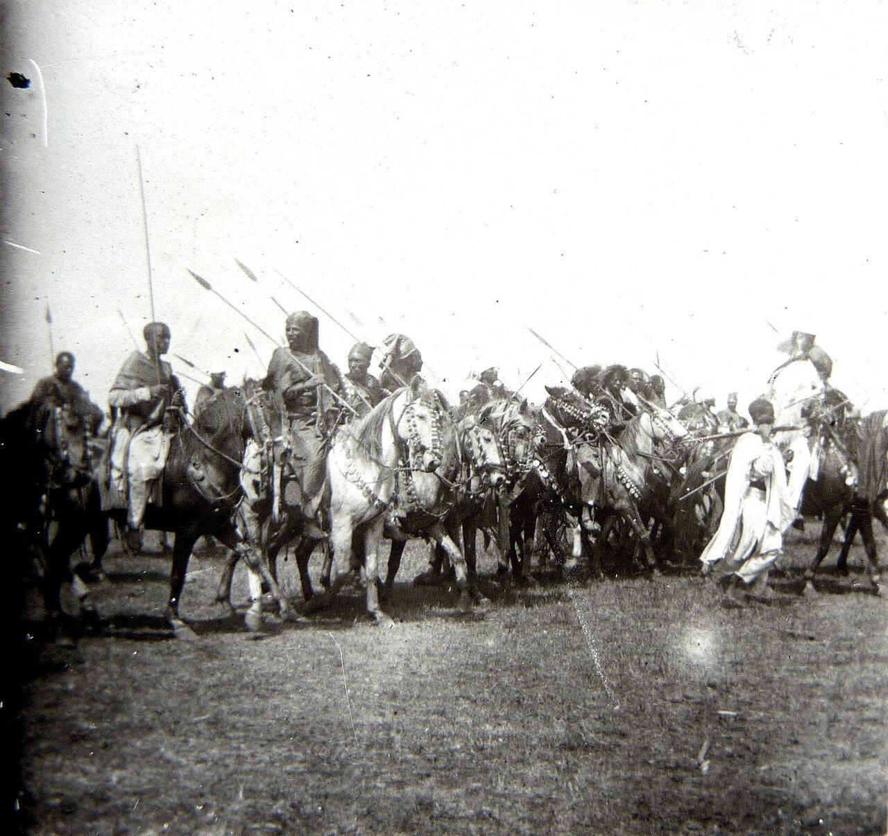 1897. Абиссиния.  Всадники на дороге Джибутти - Аддис-Абеба