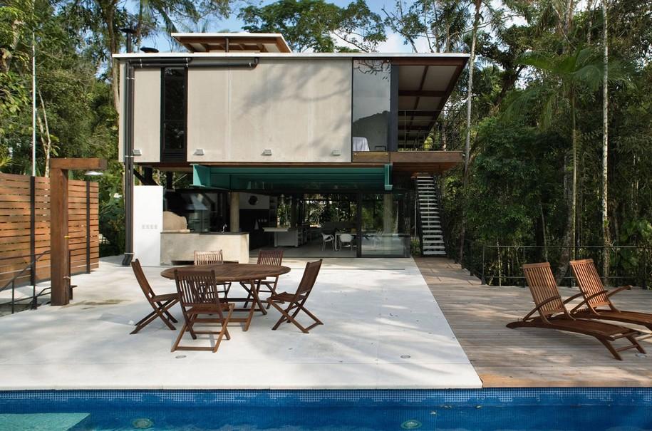 Iporanga House в тропическом лесу Сан-Паулу
