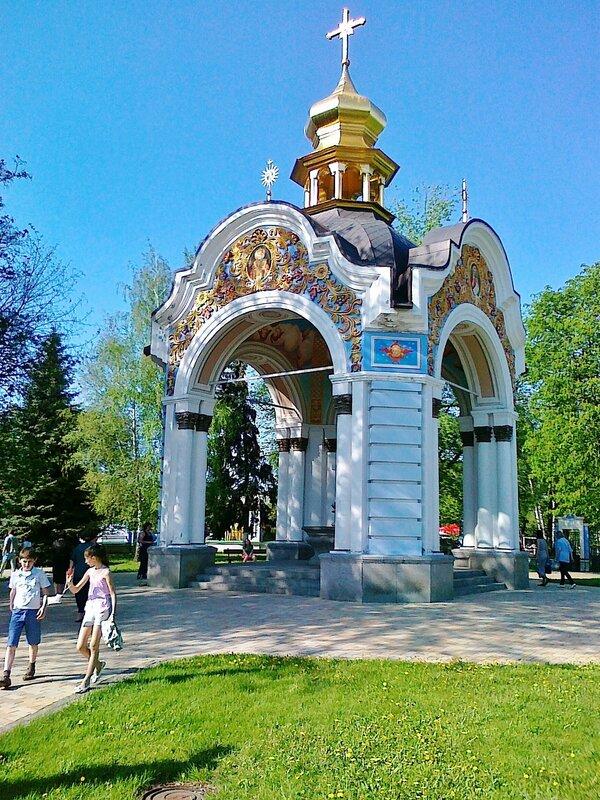 Фонтан в Михайловском монастыре