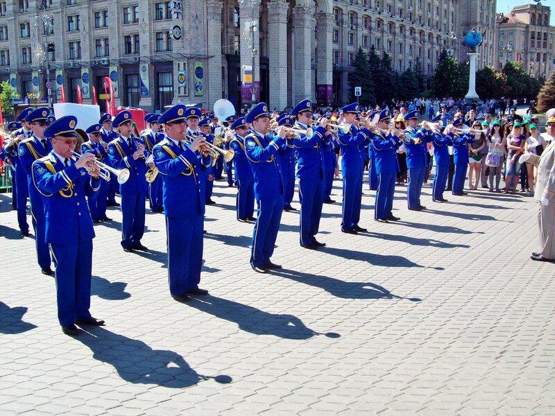 Духовой оркестр на Майдане Незалежности