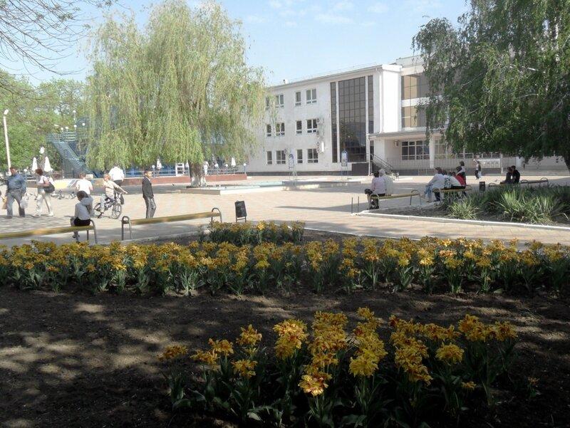 Первомайские картинки 2012