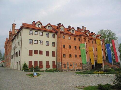 Замок Рын, фото В. Смолика, 2012 г.