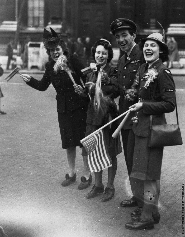 Лондон , май 1945