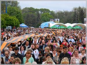 Торжественный парад на 9 мая 2012 День Победы