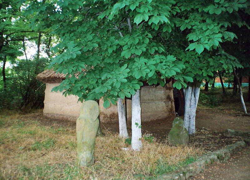 Реконструкция хижины сельской округи Танаиса I-II вв.н.э.