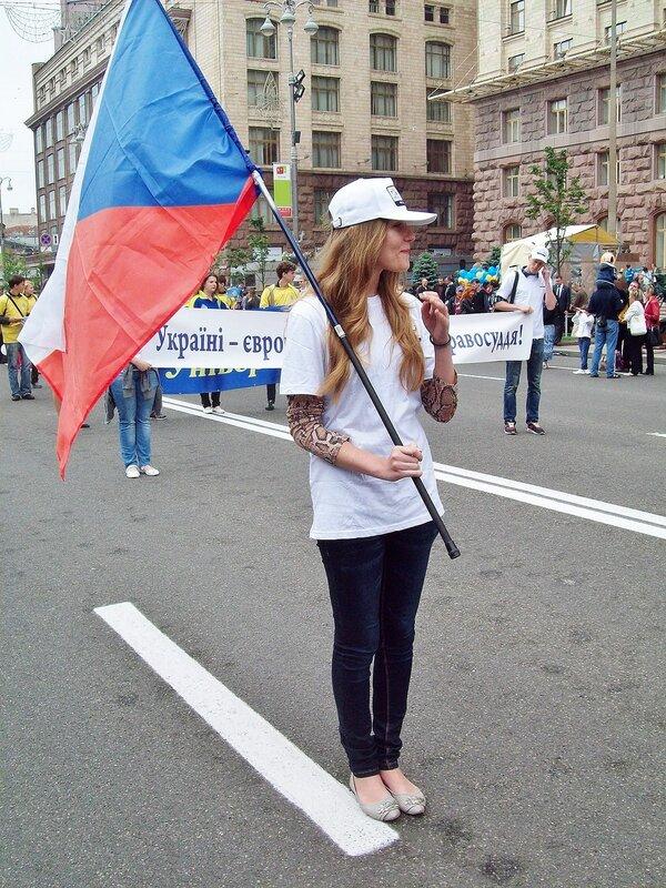 Участница Европейского парада на Крещатике