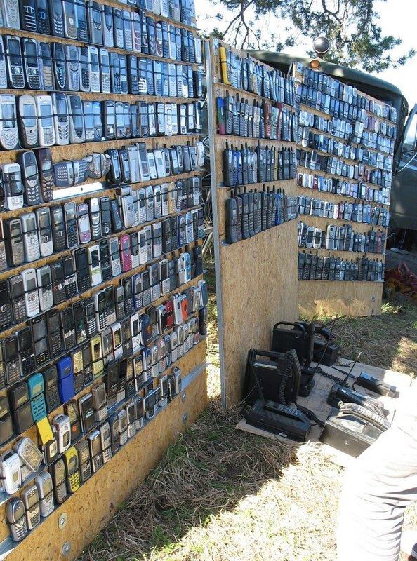 Барахолка Tagadi, выставка мобильных телефонов