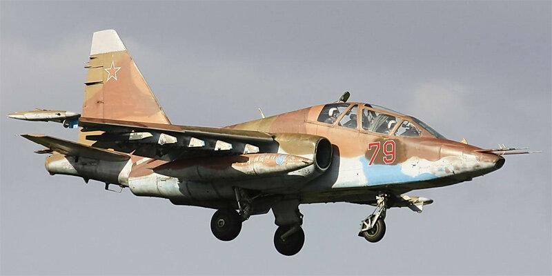 """Су-25 """"Грач"""" - бронированный штурмовик"""