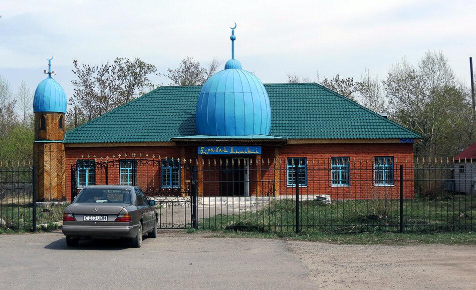 Боровое, теперь уже бывшая мечеть - 2012 год. Комментарии к фото - Кокшетау Онлайн