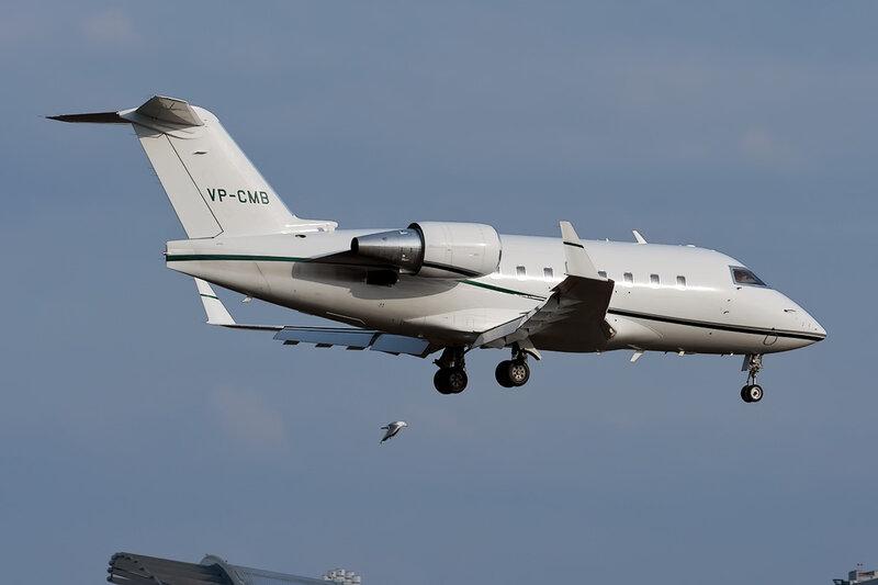 Canadair CL-600-2B16 Challenger 604 (VP-CMB) Baltic Jet DSC_9825