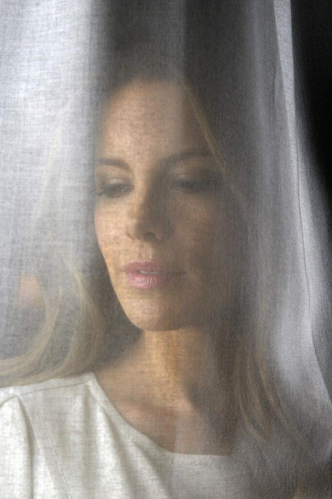 Кейт Бекинсейл (Kate Beckinsale) 2012