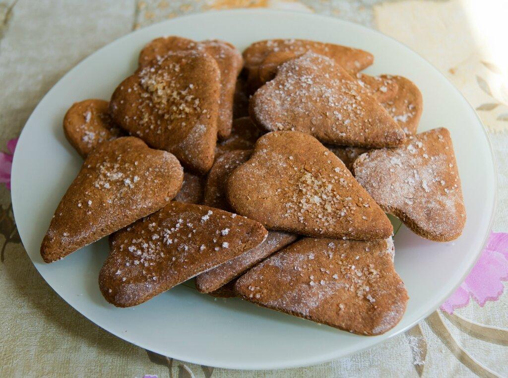Салат с курицей черносливом грецким орехом и грибами рецепт с фото в
