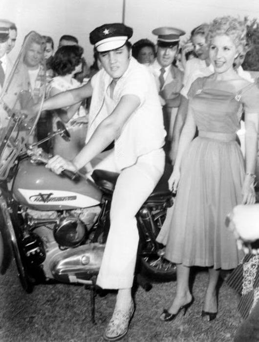 Элвис и Harley-Davidson. Сентябрь 1956 года