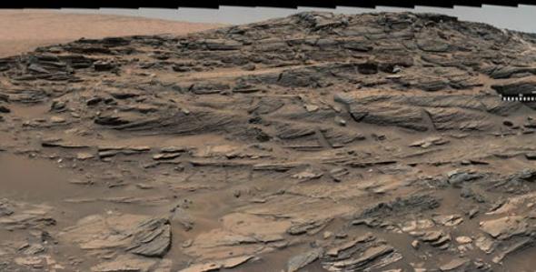 NASA обнародовала фото поверхности Марса, напоминающей песчаные дюны