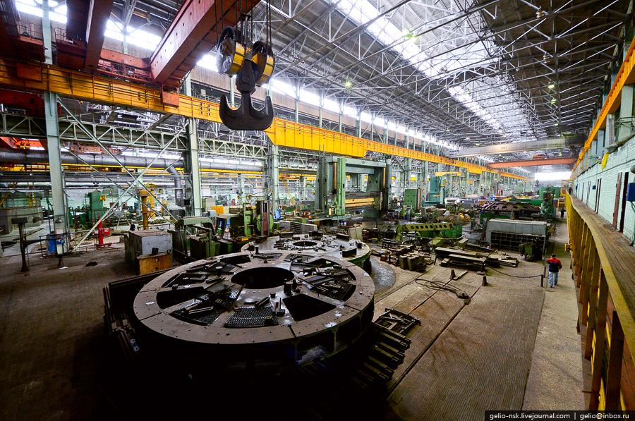 Завод уралмаш адрес принцип ленточный конвейер
