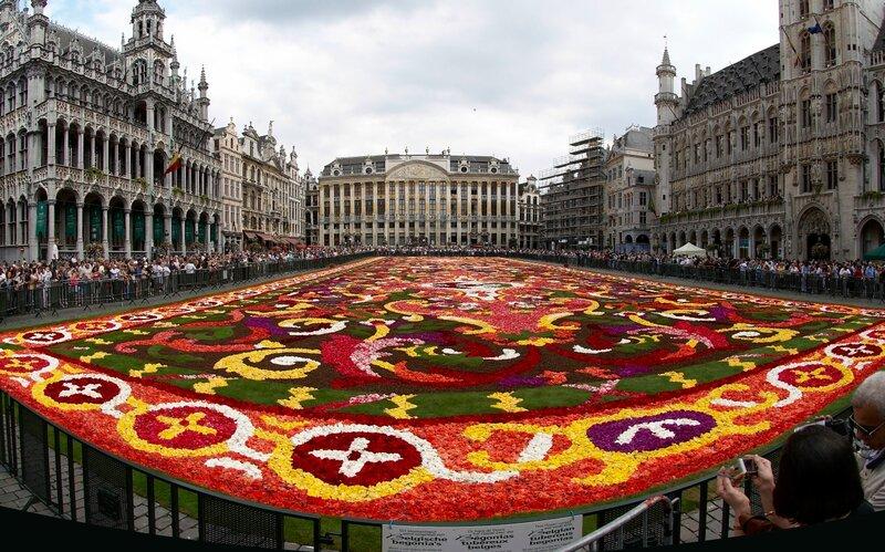 Самый большой цветочный ковер в мире, Брюссель, Бельгия