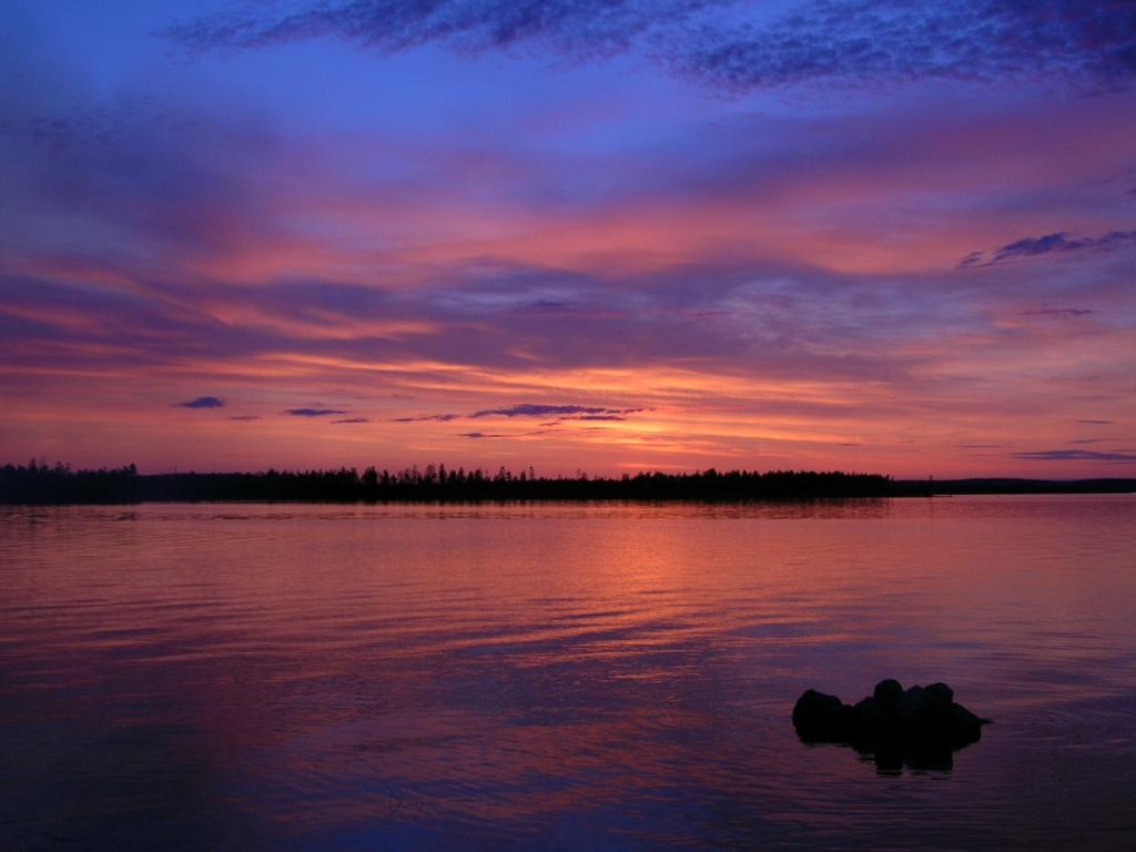 На ладожском озере обилие островов