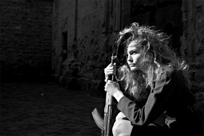 Edita Vilkeviciute / Эдита Вилькевичуте, фотограф Nathaniel Goldberg в журнале V Magazine Spain number 16
