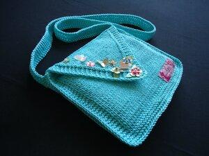 Kızlar için bere ve çanta örneği
