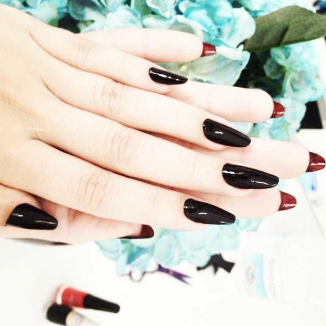 тренд-в-маникюре-louboutin-nails13.jpg