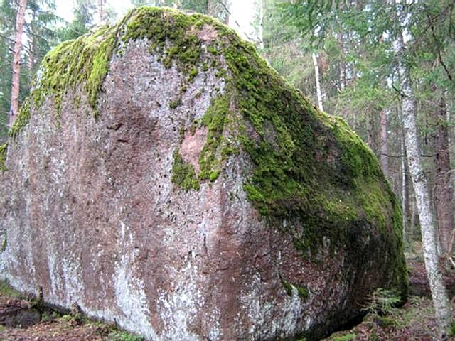Россия тайга / леса умеренного пояса   достопримечательности и города Велесов камень