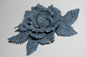 Цветы из джинсовой ткани 0_7b04d_1175cae5_M