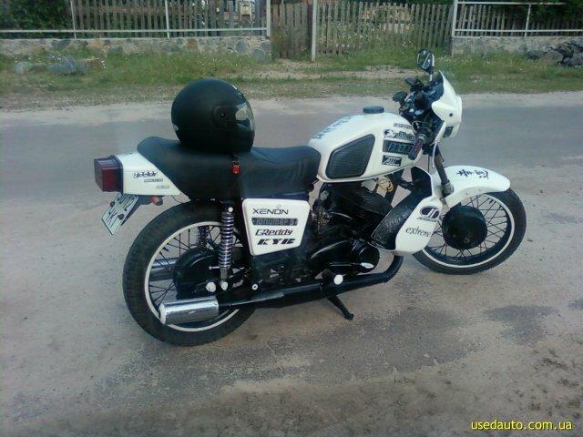 Мотоцикл ИЖ Планета-5 выпускается с 1987 года.  По своему внешнему виду и по всем характеристикам ИЖ Планета-5.
