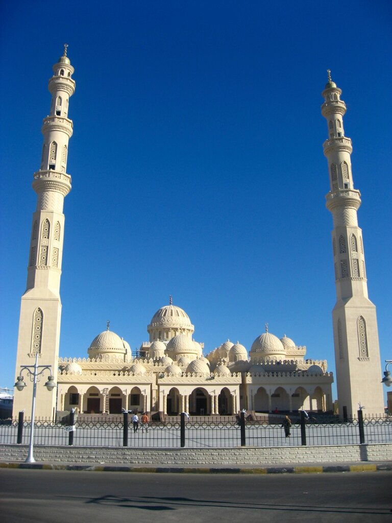 Хургада. Набережная Марина и мечеть Эль-Мина - Храмы, Техника, Порт, Море, Достопримечательности, Города - hurgada, egypt