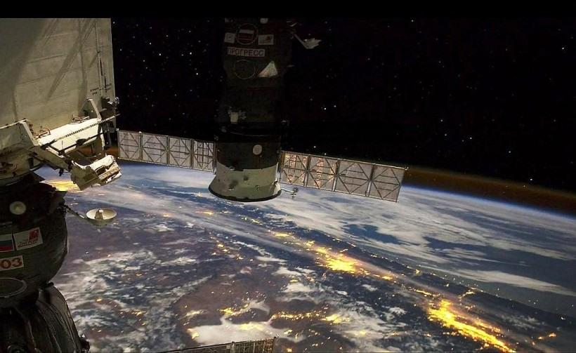 Удивительные виды Земли из космоса 0 131de3 ce8461 orig