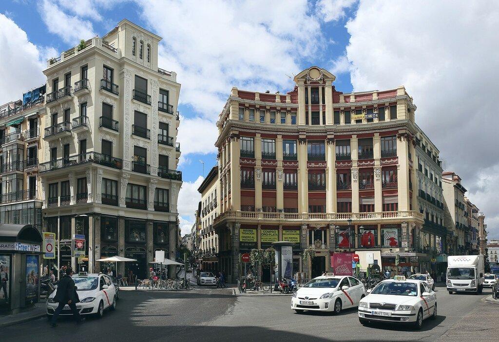 Мадрид. Площадь Каналехаса (Plaza de Canalejas).