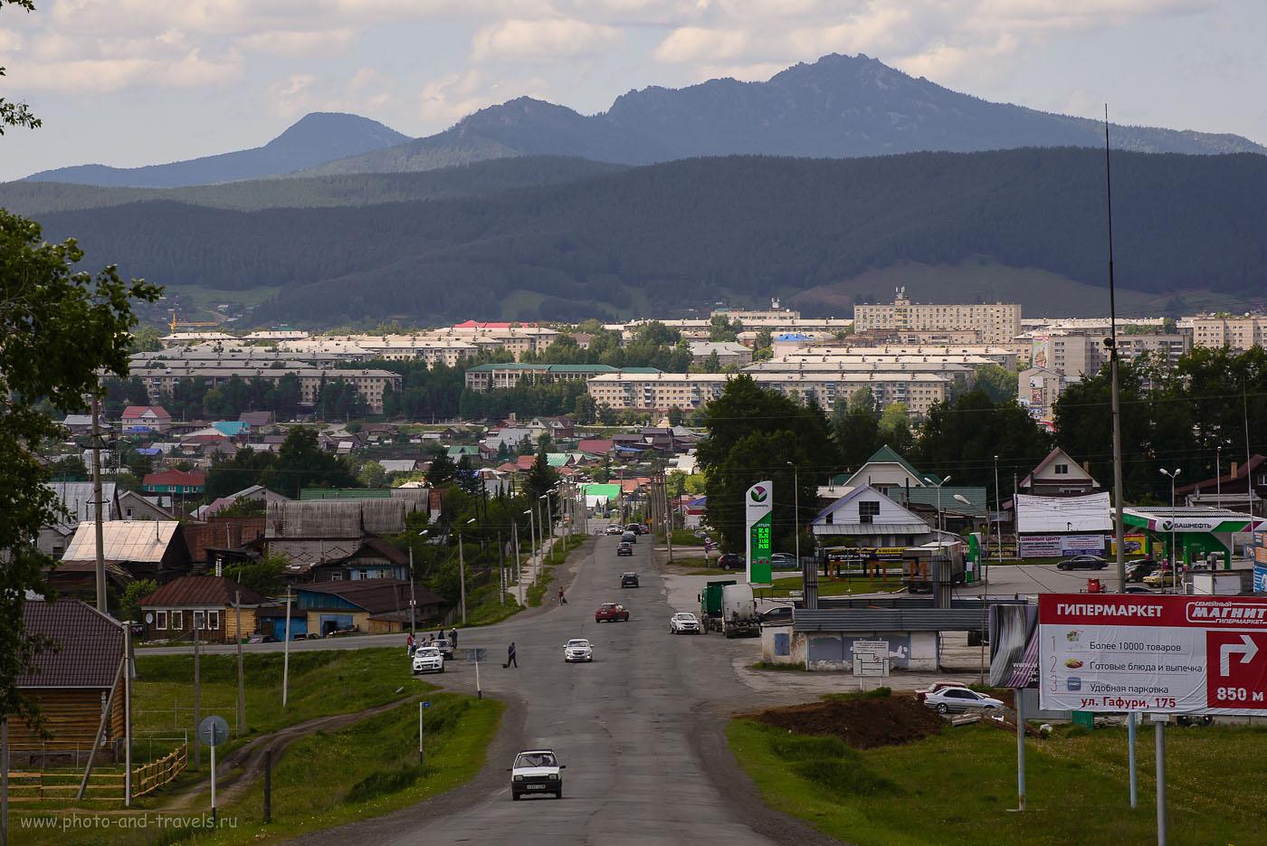 9. Гора Малиновая возвышается над городом Белорецк в Башкирии, как Корякский вулкан над Петропавловск-Камчатским... (телеобъективNikkor70-300, камераNikonD610, 320, 140, 9.0, 1/640)