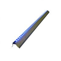 Алюминиевый профиль-уголок на ступеньку