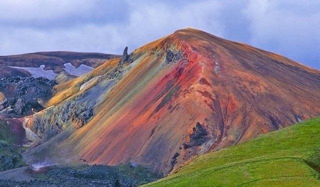 кольорові гори ісландії