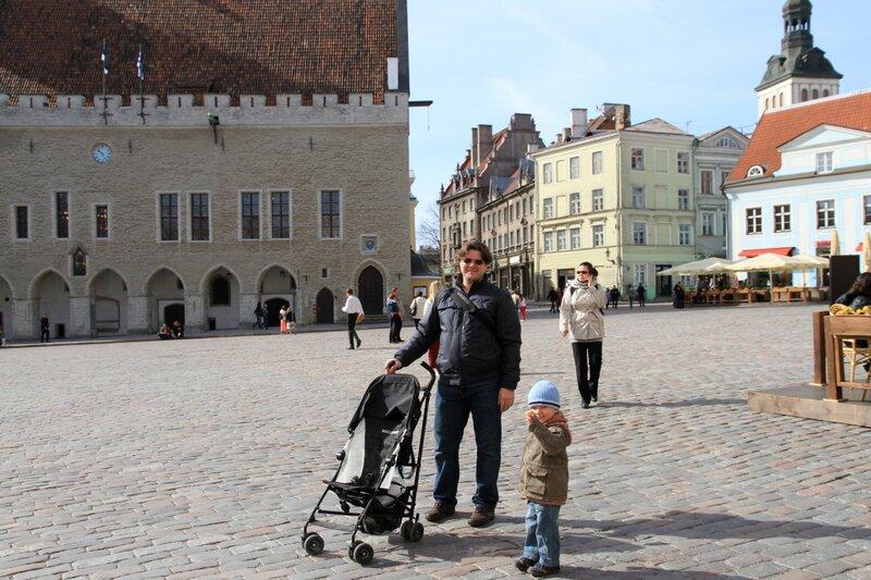 Эстония, Таллинн, Ратушная площадь